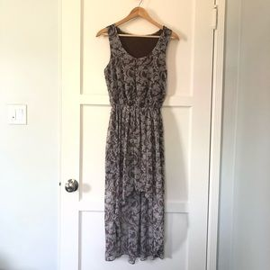 Dresses & Skirts - Floral High Low Dress - Size M
